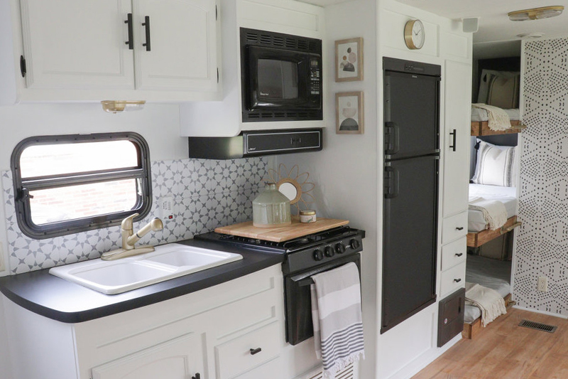 This Nashville Couple brings new life to outdated campers! Come see the before and after photos of their Forest River RV transformation! Featuring @bestofourtodays