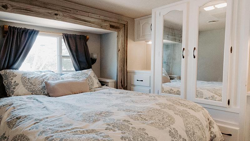 RV Bedroom Renovation from @meganleannjones - Featured on MountainModernLife.com