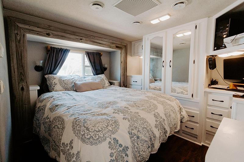 Motorhome Bedroom Renovation from @meganleannjones - Featured on MountainModernLife.com