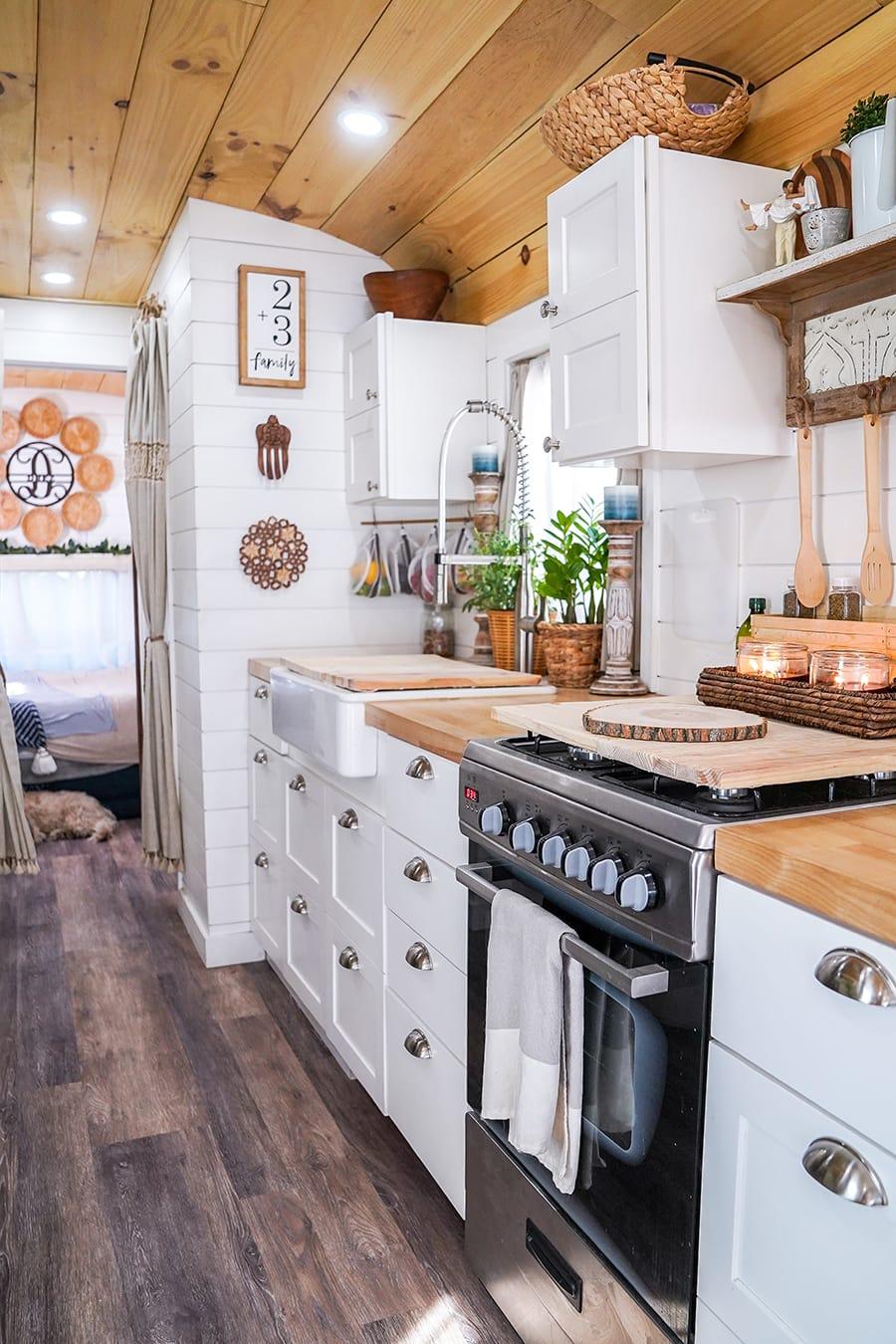 skoolie tiny kitchen @happyhomebodies
