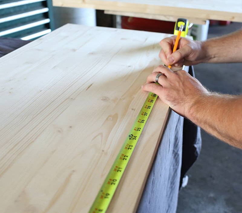 Measuring wood for DIY table
