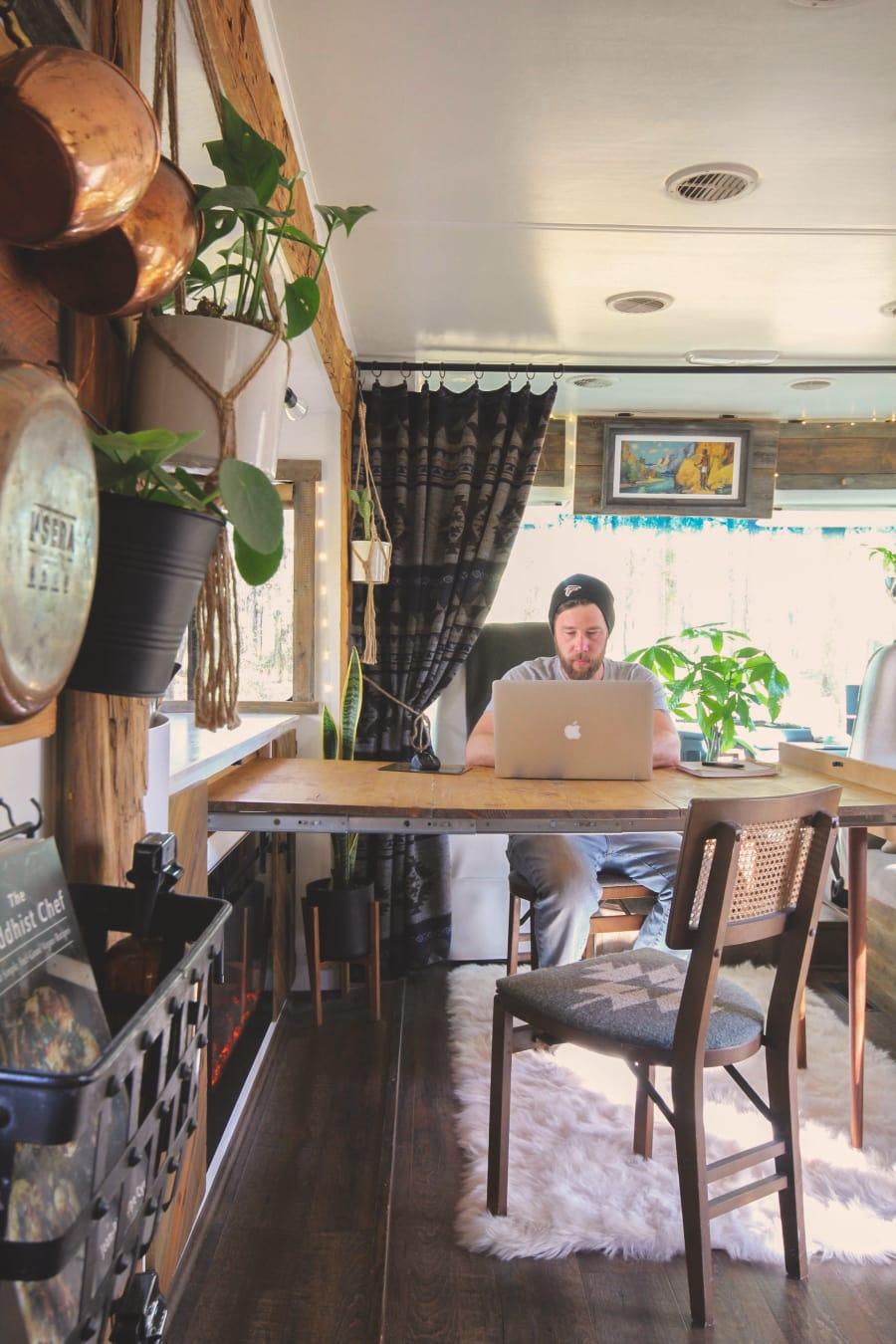 expanding modular desk for RV