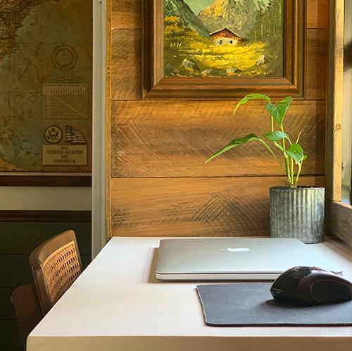 DIY small desk design