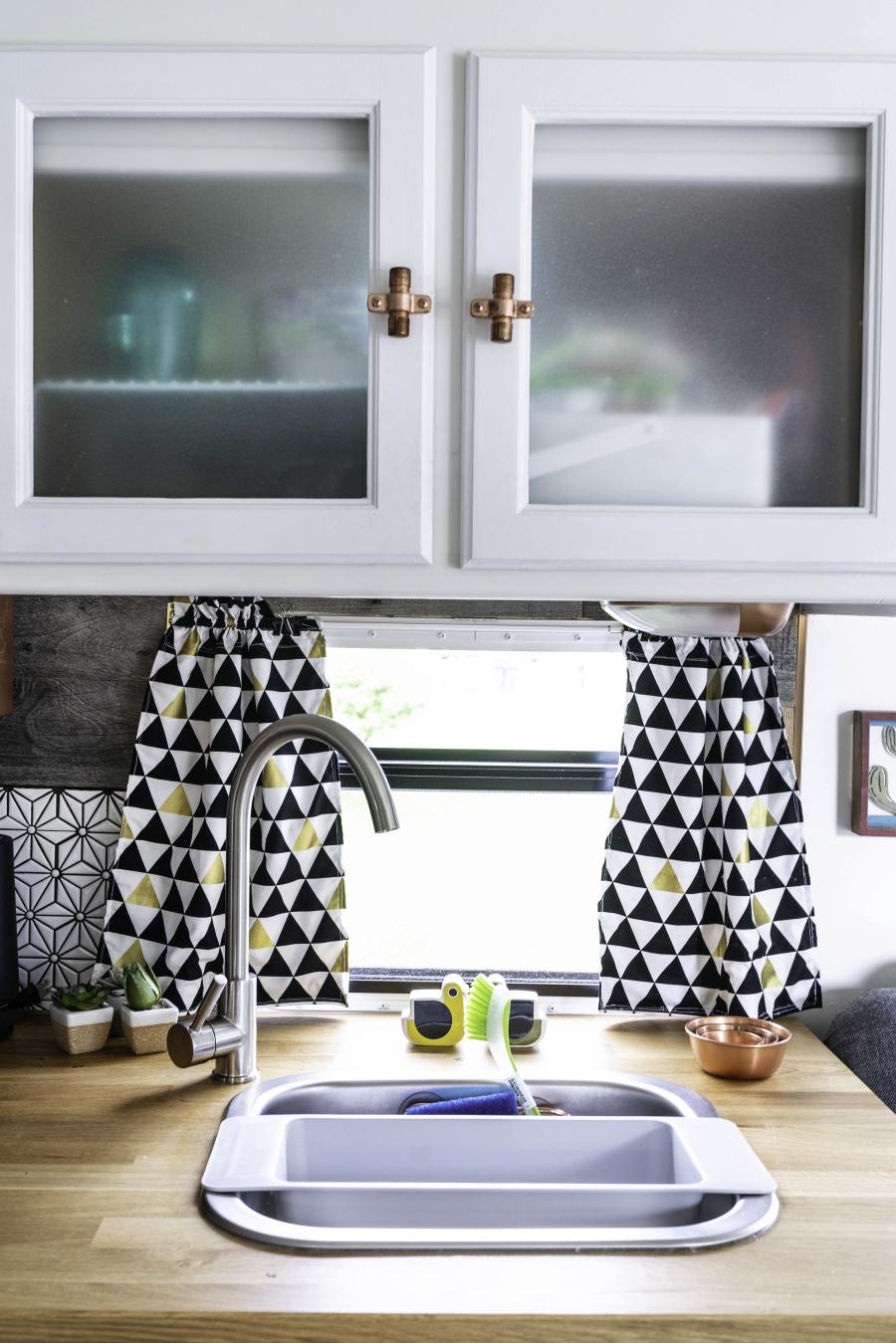 Modern Country Camper Kitchen
