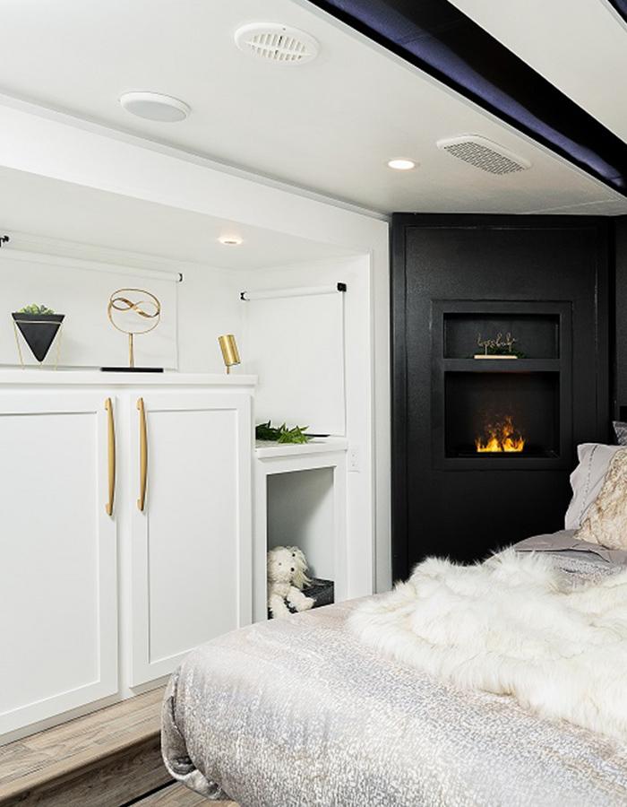Ultimate Montana Concept RV Bedroom