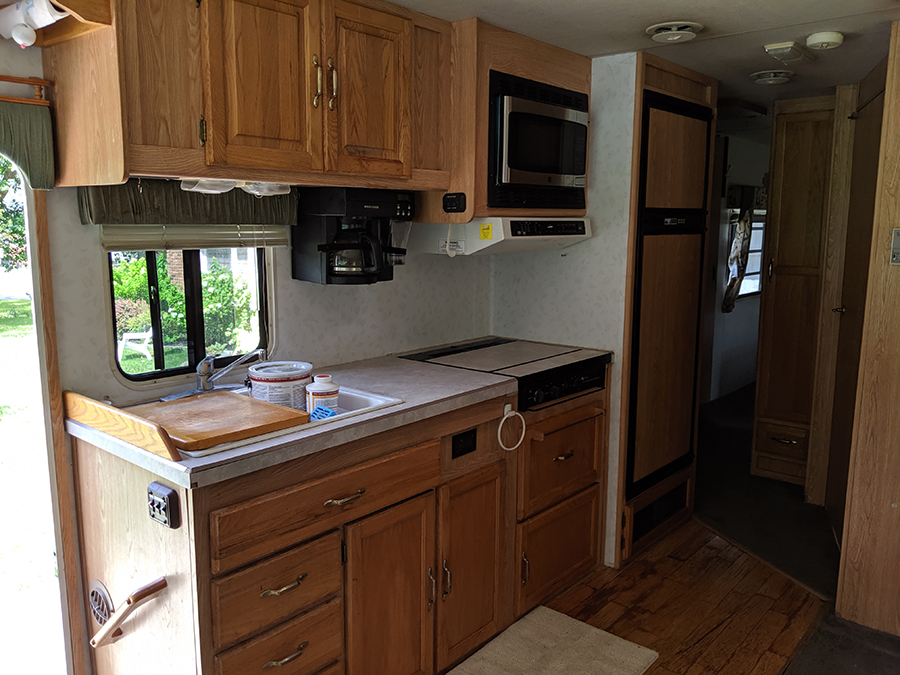 outdated motorhome kitchen