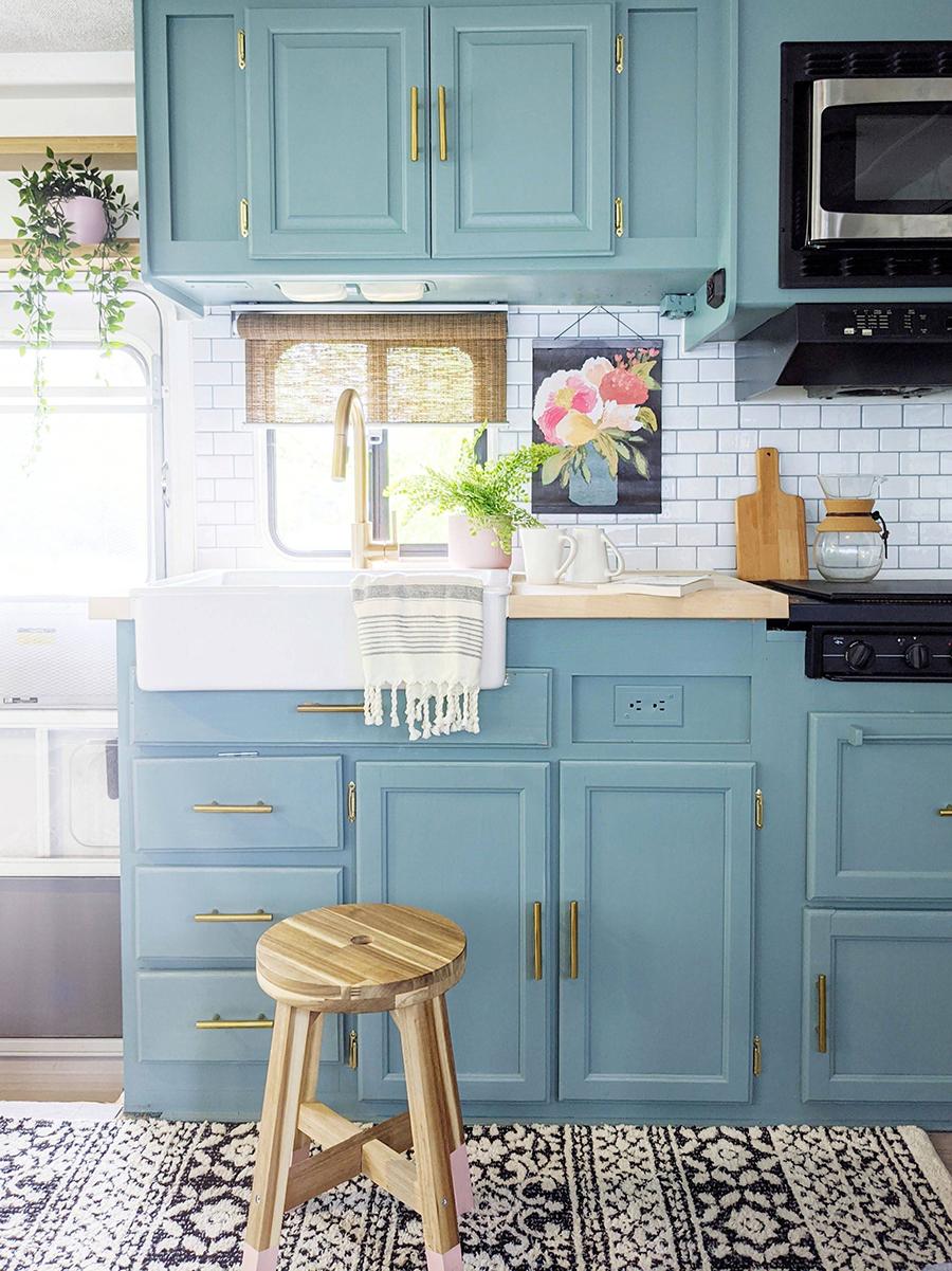 RV Kitchen with farmhouse sink