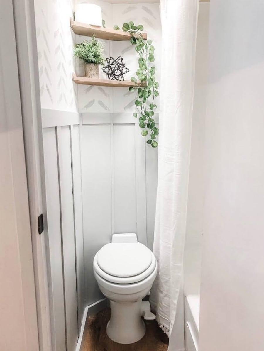 RV bathroom reno