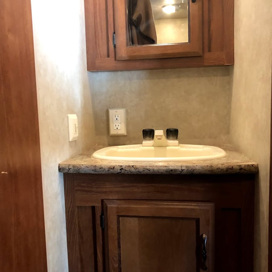 Forest River bathroom before reno