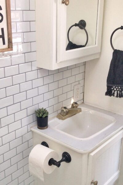 farmhouse camper bathroom ideas