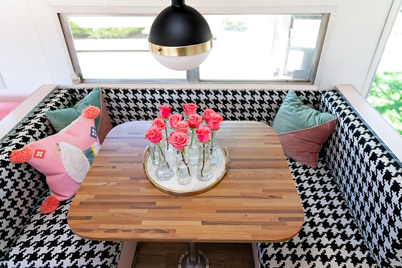 camper dinette booth with houndstooth fabric