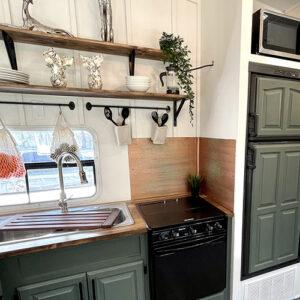 5th wheel kitchen