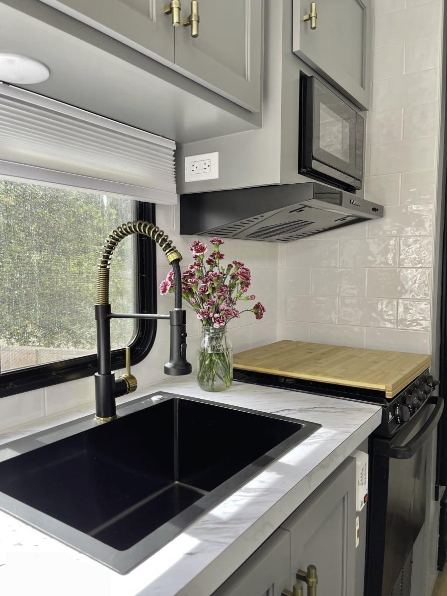 5th wheel kitchen renovation