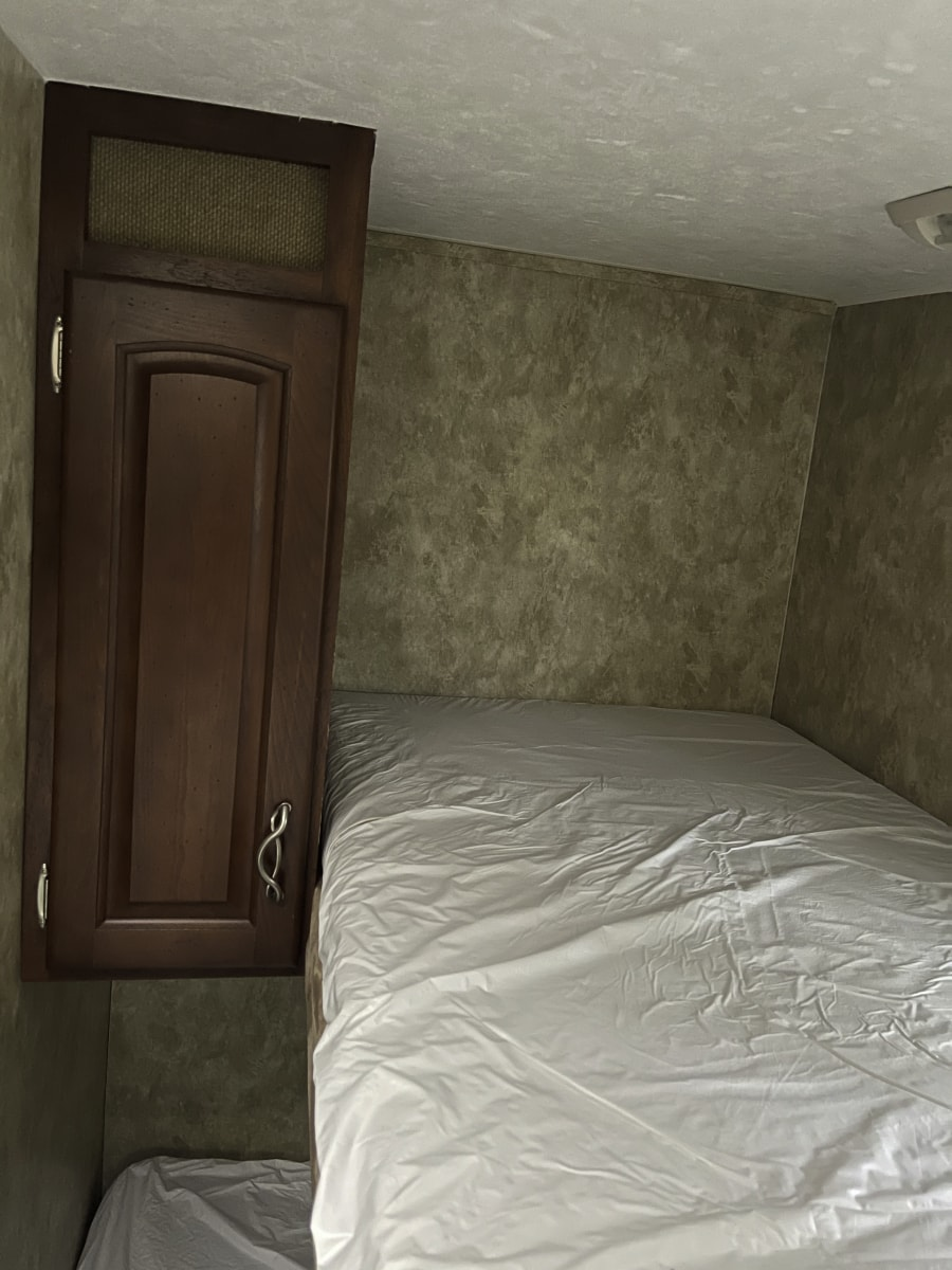 RV bedroom before reno