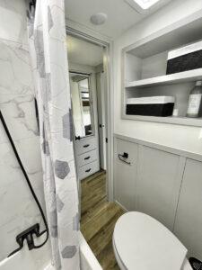 Thor Jazz bathroom