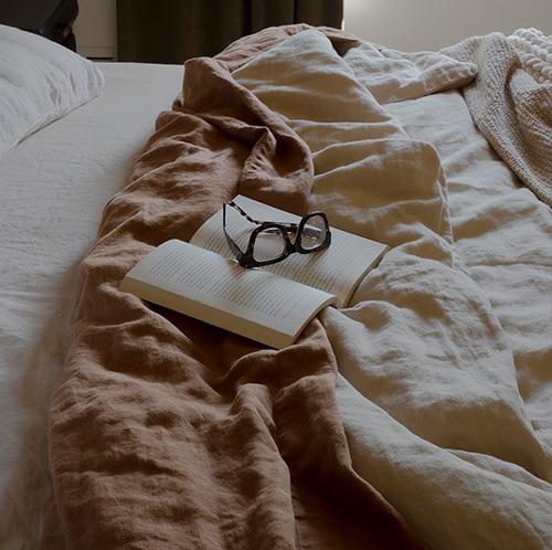 linen bedding